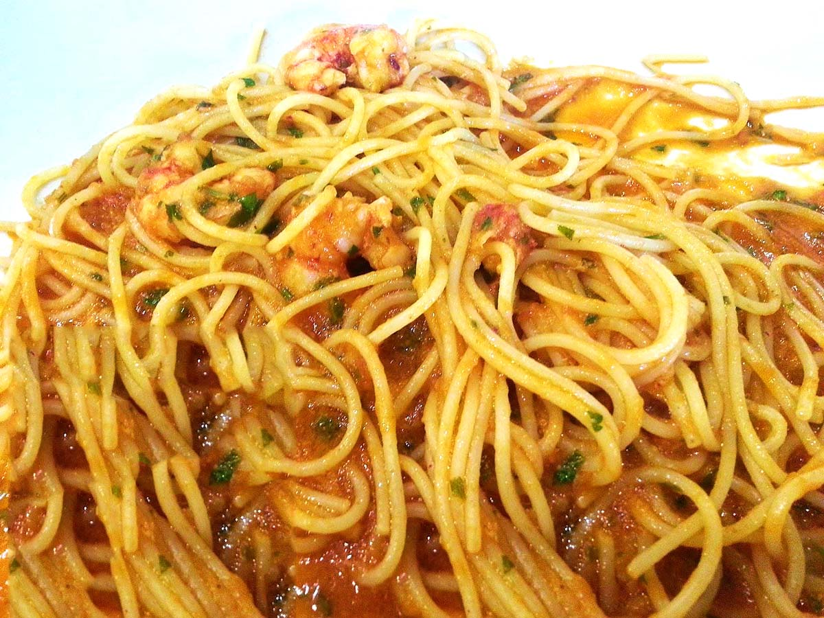 Spaghetti ricci e gamberi