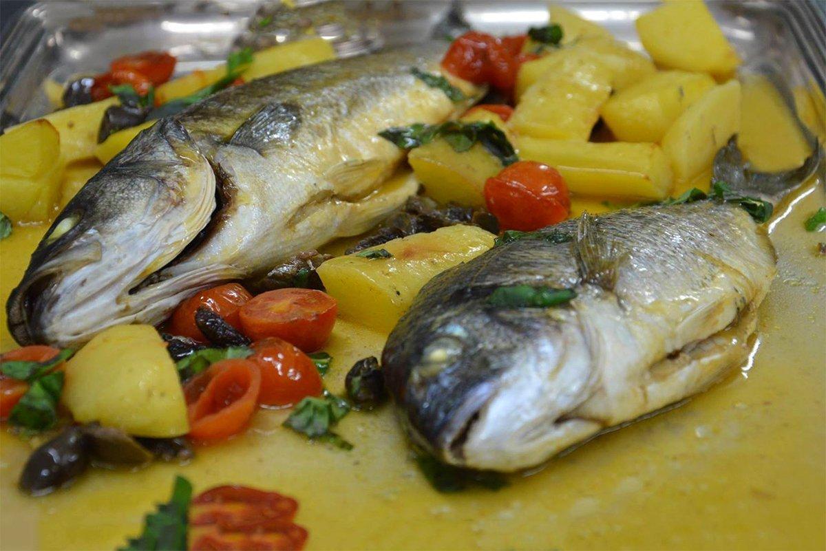 Spigola E Orata Al Forno Ricette Di Sardegna